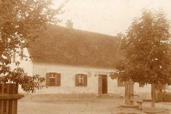 ak-hartkartonfotos-1890-1915-003D1233027-1D9D-A121-3BCB-408FD20BD8B6.jpg